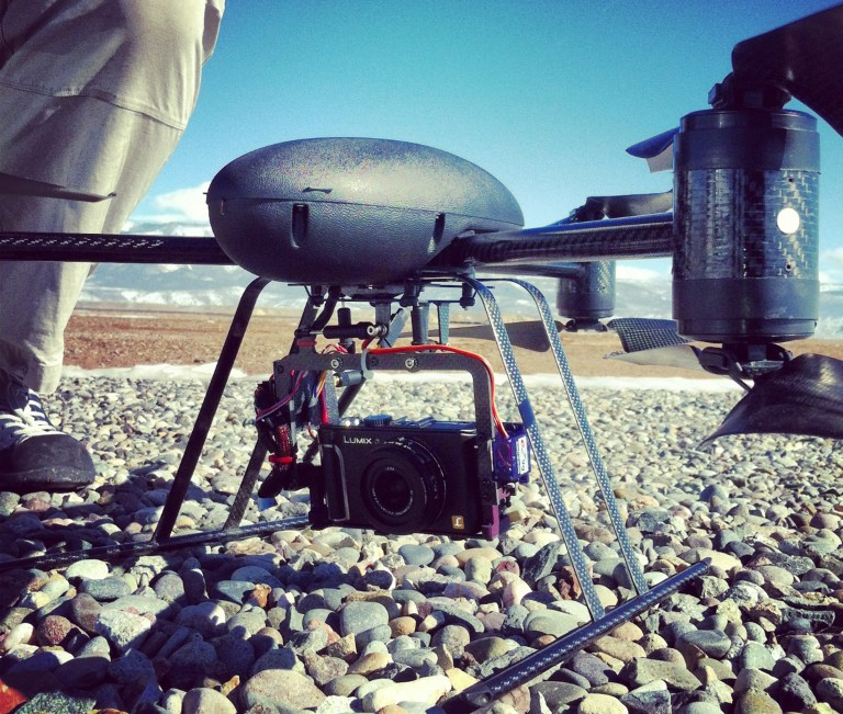 An onboard camera of a Draganflyer X6, six-rotor remote controlled helicopter which can fly up to 20 mph and travel up to a quarter mile away and 400 feet high, is pictured at the Grand Valley Model Airfield in Mesa County, Colorado on January 31, 2013. REUTERS/Chris Francescani