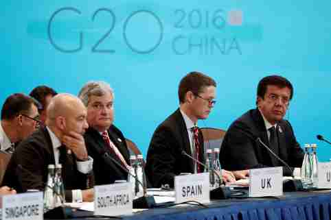 Spanish Secretary of State for Commerce Jaime Garcia-Legaz, British Trade and Investment Minister Mark Price, U.S. Deputy Trade Representative Michael Punke, Turkish Economy Minister Nihat Zeybekci (front L-R) attend the opening ceremony of the 2016 G20 Trade Ministers Meeting in Shanghai, China July 9, 2016. REUTERS/Aly Song - RTSH1BH
