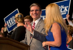 U. S. Rep. Joe Heck (R-NV) arrives to thank supporters, after defeating Democrat challenger John Oceguera, during a Republican election night party at the Venetian Resort in Las Vegas, Nevada, November 6, 2012. REUTERS/Las Vegas Sun/Steve Marcus (UNITED STATES - Tags: POLITICS USA PRESIDENTIAL ELECTION ELECTIONS) - RTR3A3QZ