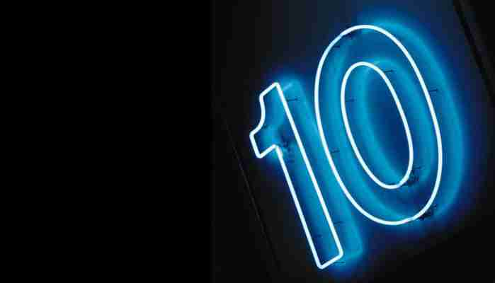 Number 10, in neon