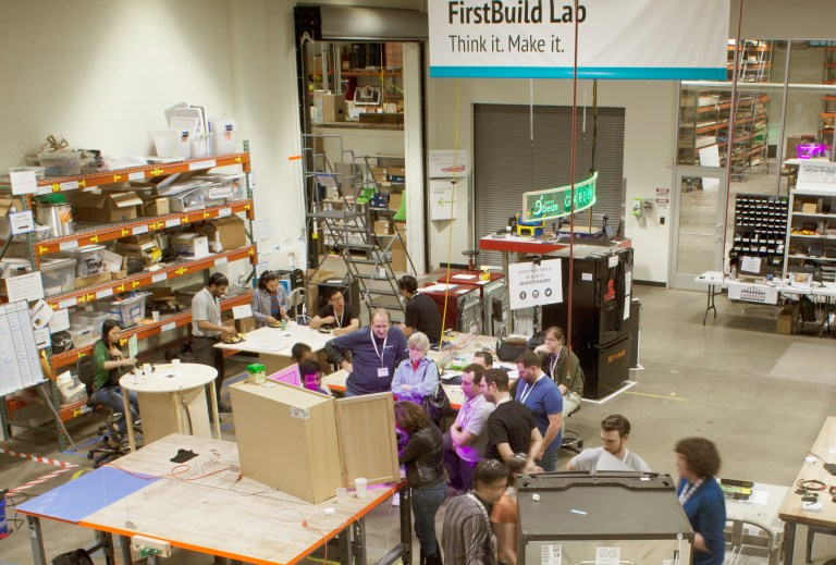 Company and community makers at work at GE's FirstBuild microfactory in Louisville, Kentucky. Credit: FirstBuild