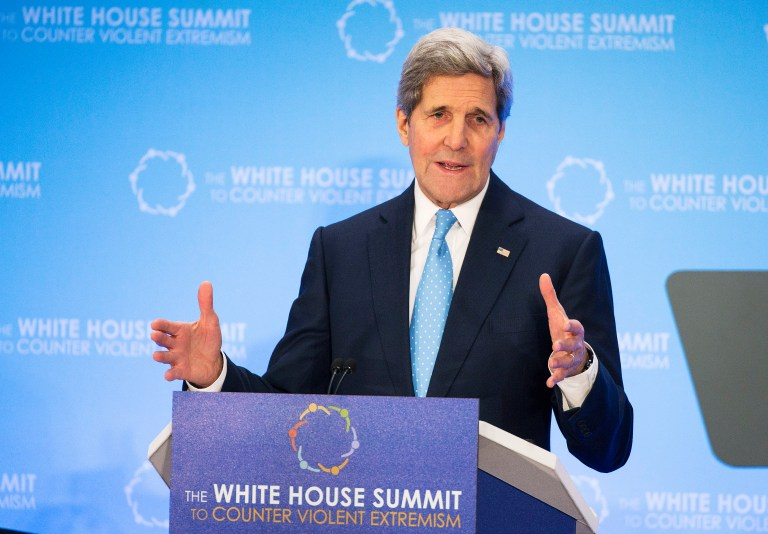 Secretary of State John Kerry participates in the White House Summit on Countering Violent Extremism Foreign Fighter Ministerial at the State Department in Washington February 19, 2015. REUTERS/Joshua Roberts (UNITED STATES - Tags: POLITICS CRIME LAW RELIGION) - RTR4Q92X