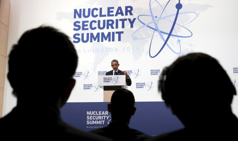U.S. President Barack Obama speaks during a press conference at the conclusion of the Nuclear Security Summit in Washington April 1, 2016. REUTERS/Kevin Lamarque - RTSD7QS