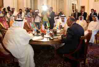 Saudi Foreign Minister Adel al-Jubeir (2-L), UAE Foreign Minister Abdullah bin Zayed al-Nahyan (2-R), Egyptian Foreign Minister Sameh Shoukry (R), and Bahraini Foreign Minister Khalid bin Ahmed al-Khalifa (L) meet to discuss the diplomatic situation with Qatar, in Cairo, Egypt, July 5, 2017. The Foreign Ministers meetingis held after Qatar sent a formal letter of response to the 13-points list of demands to the emir of Kuwait, the main mediator in the Gulf crisis, in response to diplomatic and economic sanctions from Saudi Arabia and its allies, Egypt, the United Arab Emirates (UAE) and Bahrain on allegations that Qatar is funding extremism. REUTERS/Khaled Elfiqi/Pool - RTX3A58J