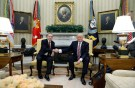 Turkey's President Recep Tayyip Erdogan (L) shakes hands with U.S President Donald Trump in the Oval Office of the White House in Washington, U.S. May 16, 2017. REUTERS/Kevin Lamarque