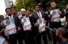 Human rights activists and friends of Saudi journalist Jamal Khashoggi hold his pictures during a protest outside the Saudi Consulate in Istanbul, Turkey October 8, 2018. REUTERS/Murad Sezer - RC11BADE6ED0