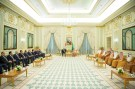 Saudi Arabia's King Salman bin Abdulaziz meets with Iraq's Prime Minister Adel Abdul Mahdi and Iraqi ministers in Riyadh, Saudi Arabia April 17, 2019. Bandar Algaloud/Courtesy of Saudi Royal Court/Handout via REUTERS ATTENTION EDITORS - THIS PICTURE WAS PROVIDED BY A THIRD PARTY. - RC1A0CFF1D20