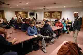 Republican Rep. Steve King talks to voters at Godfathers Pizza in Hampton, Iowa, U.S., November 5, 2018. REUTERS/Scott Morgan - RC1733B79860
