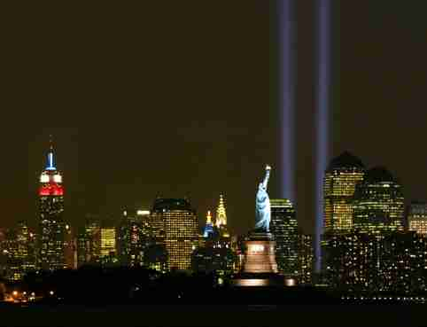 The 'Tribute in Light' memorial, consisting of two shafts of light torepresent the World Trade Center's Twin Towers, shines in New York City, inthis photo made from Bayonne, New Jersey, September 11, 2003. The lightingmarks the second anniversary of the attacks on the center. REUTERS/RayStubblebine PP03090055RFS - RP4DRIFRWDAA