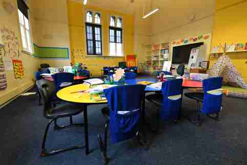 General view of a class room at a Primary School in Melbourne's inner north, Monday, March 23, 2020. Victorian Premier Daniel Andrews has brought forward school holidays as a measure to slow the rapid spreading Covid-19 virus throughout the state. (AAP Image/James Ross) NO ARCHIVINGNo Use Australia. No Use New Zealand.