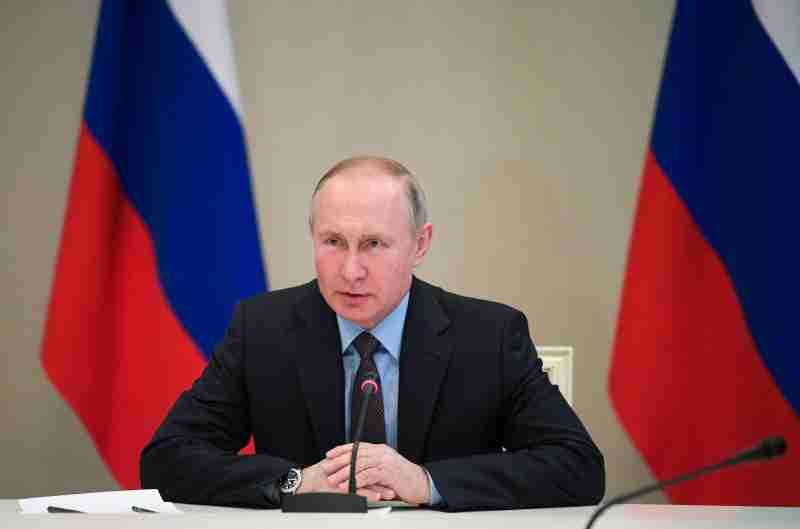 Russian President Vladimir Putin chairs a meeting at Vnukovo II government airport outside Moscow, Russia March 1, 2020. Sputnik/Alexei Druzhinin/Kremlin via REUTERS ATTENTION EDITORS - THIS IMAGE WAS PROVIDED BY A THIRD PARTY.