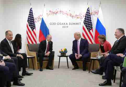 Russia's President Vladimir Putin (3rd L), Russia's Foreign Minister Sergei Lavrov (L), U.S. President Donald Trump (3rd R) and U.S. Secretary of State Mike Pompeo (R) attend a meeting on the sidelines of the G20 summit in Osaka, Japan June 28, 2019. Sputnik/Mikhail Klimentyev/Kremlin via REUTERS  ATTENTION EDITORS - THIS IMAGE WAS PROVIDED BY A THIRD PARTY.