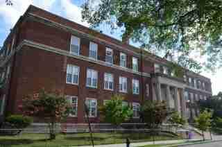 Benjamin Banneker Senior High School (Nyttend, Wikimedia Commons)