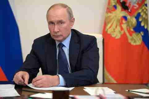 Russian President Vladimir Putin attends a meeting with members of the government via a video link at the Novo-Ogaryovo state residence outside Moscow, Russia October 5, 2021. Sputnik/Alexei Druzhinin/Kremlin via REUTERS