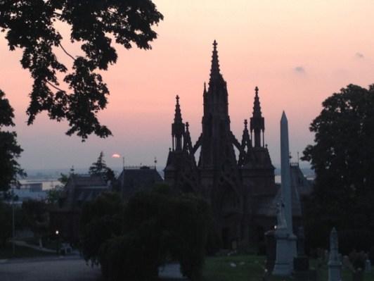twilight-tour-greenwood-cemetery