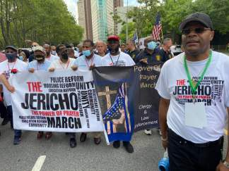 "United Clergy Coalition Lead ""Jericho March"" Across Brooklyn Bridge in Hopes of Tearing Down 'Walls of Division and Hatred' in New York"