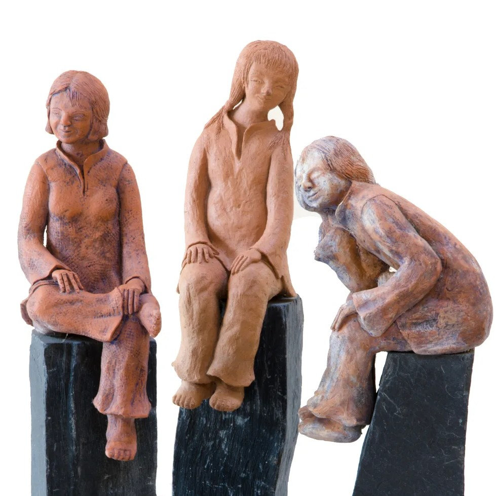 sculpture-conversation