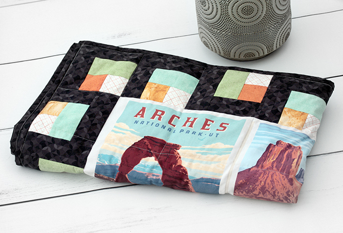 Wighted blanket with National Park poster panels