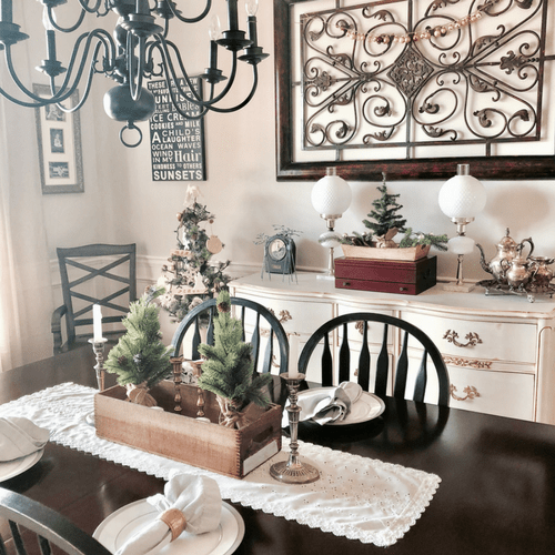 simple rustic christmas dining room