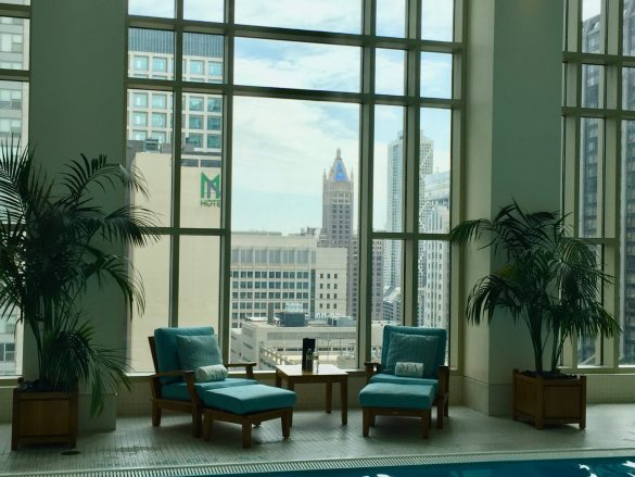 Peninsula Chicago Pool Guest Photo