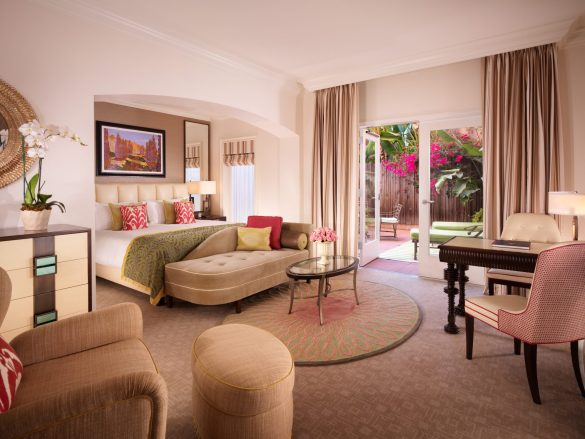 beverly-hills-deluxe-guestroom-with-balcony