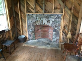 Weatherd Fieldstone, Arched Opening, Flush Flagstone Hearth