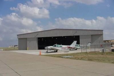 air_hangar4