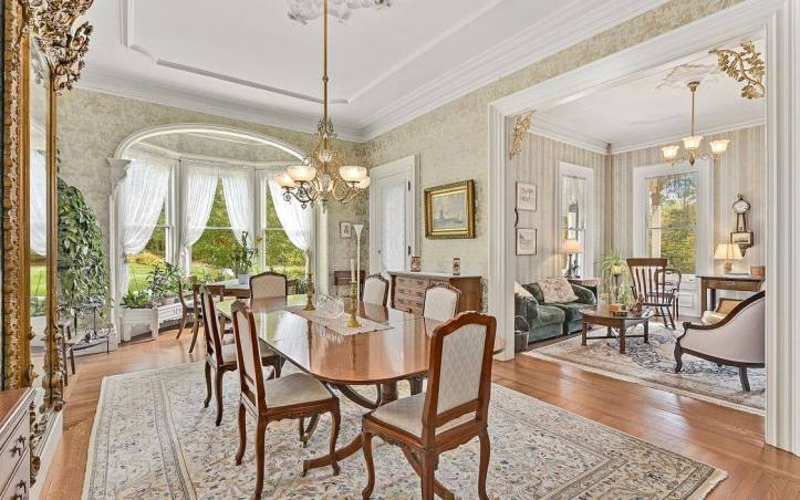 upstate-homes-for-sale-ragtime-mount-kisco-81-west-main-street-dining-2