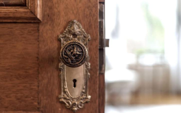 upstate-homes-for-sale-ragtime-mount-kisco-81-west-main-street-doorknob
