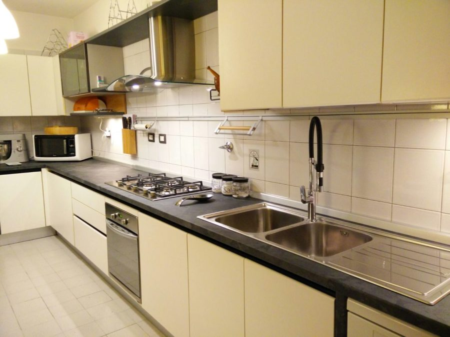 Sostituire il top cucina con poca spesa e un risultato eccellente!