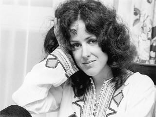 Grace Slick biography, birth date, birth place and pictures
