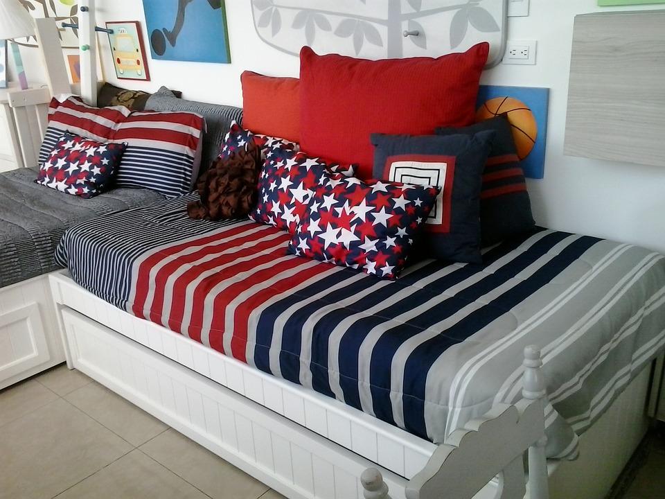 mattress with pillows