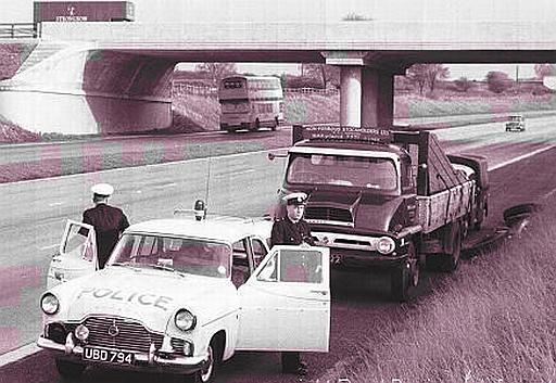 Ford Zephyr 6 motorway police car