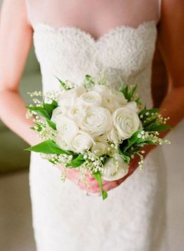 brudebukett-ranukler-vinterbryllup