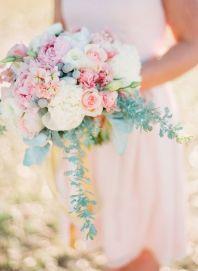 blush brudebukett