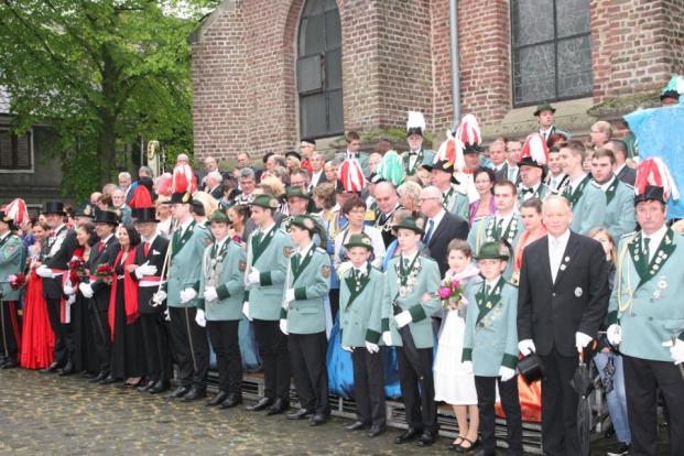2013 Ehrentribühne am Pfingstmontag