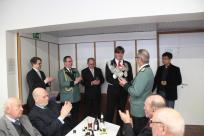 Verleihung des Hohen Bruderschaftsorden vom Bezirksbundesmeister Heinz Stypertz (2.v.r.) an unseren König Daniel Schlagheck