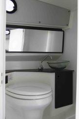Agapi950-Yamaha300Hp-toilet