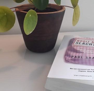Boekbespreking: Nooit Meer Slachten