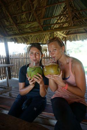 Sandra en Annika met een Coco Loco