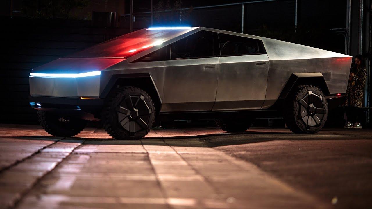 Tesla Cybertruck police truck