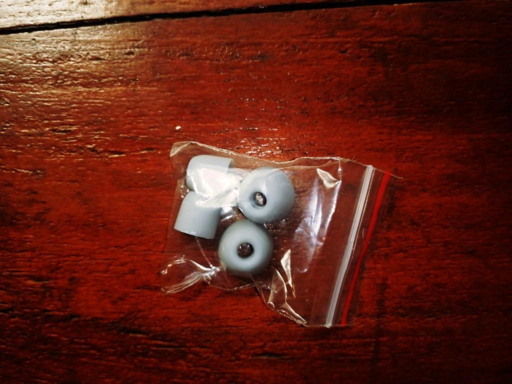 SZWYOR A2 TWS Earbuds extra eartips
