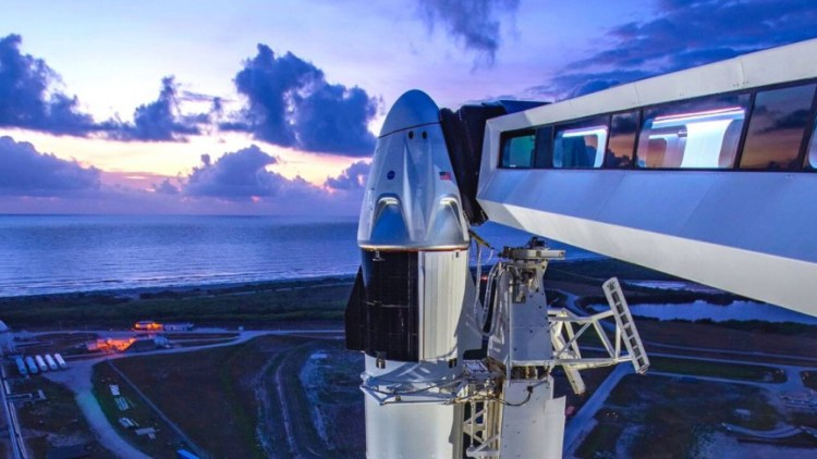 NASA and SpaceX is delaying Demo-2 due to weather