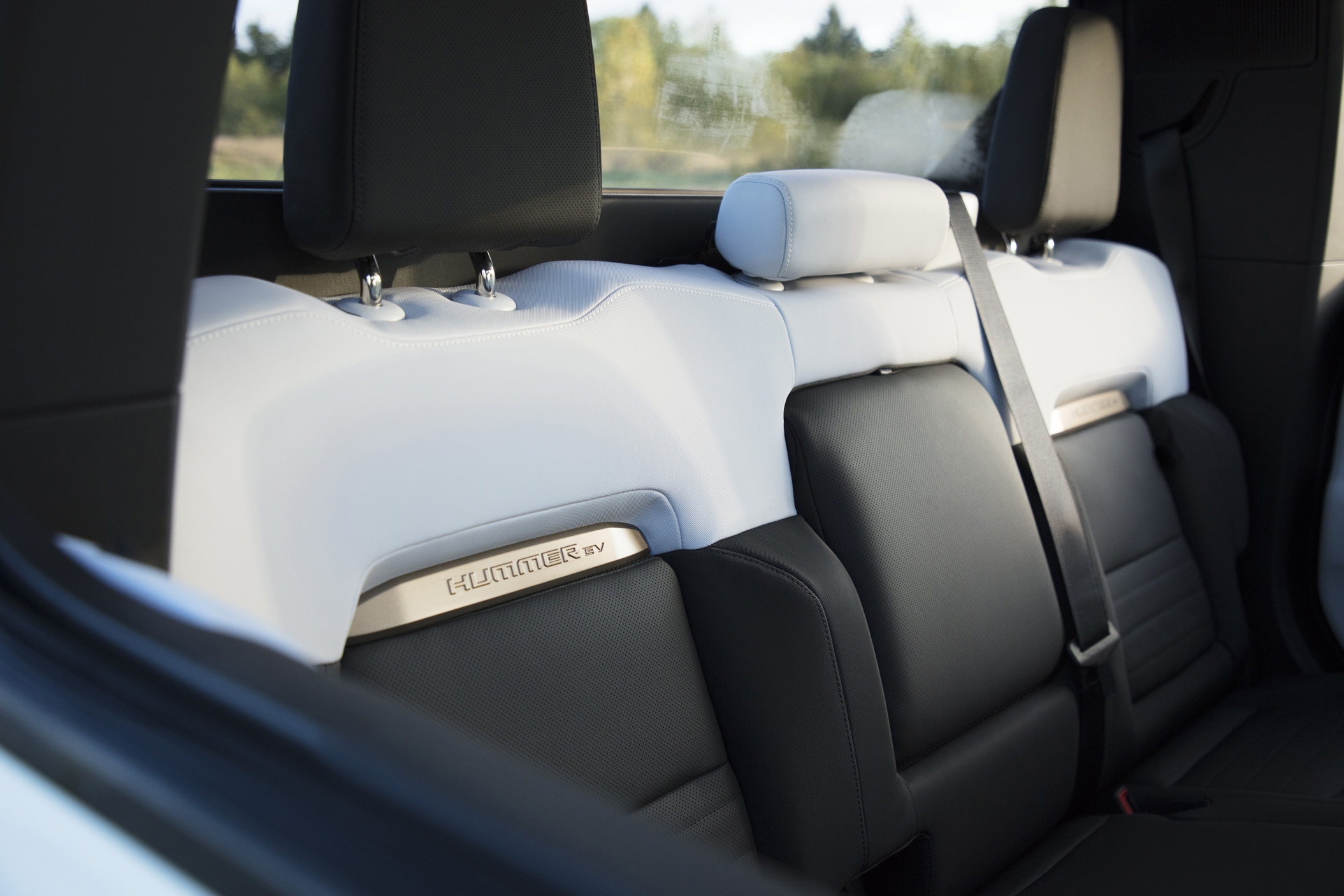 The GMC Hummer EV 2022 rear seat
