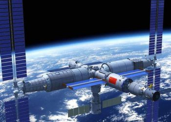China launches three astronauts to its Tianhe space station