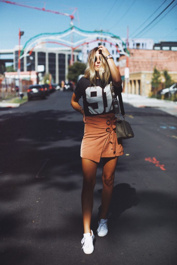 6 Game Day Outfit Ideas for Tailgating + Football Games
