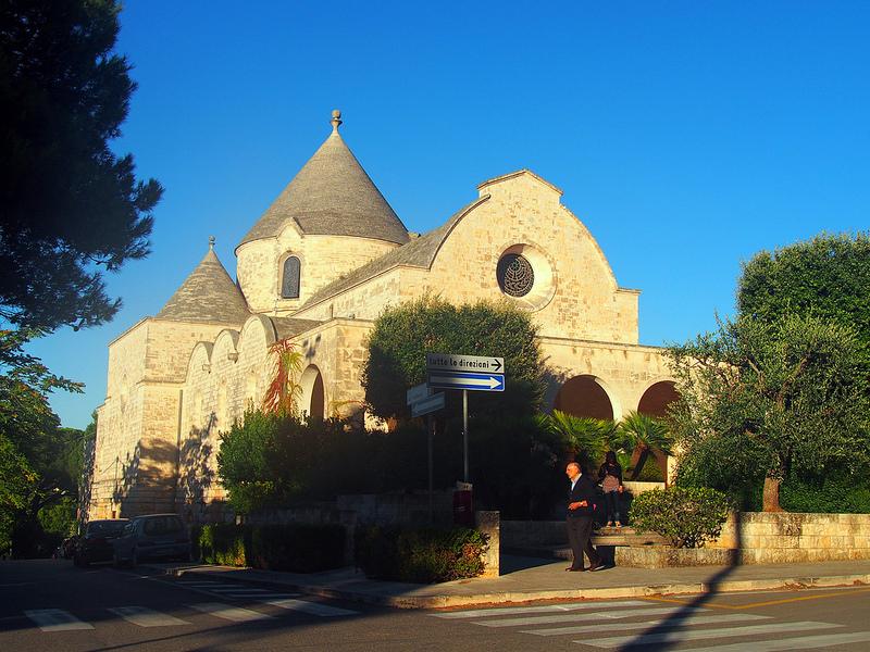 Chiesetta Madonna del Carmelo e Trullo del Signore - Selva di Fasano (Br)
