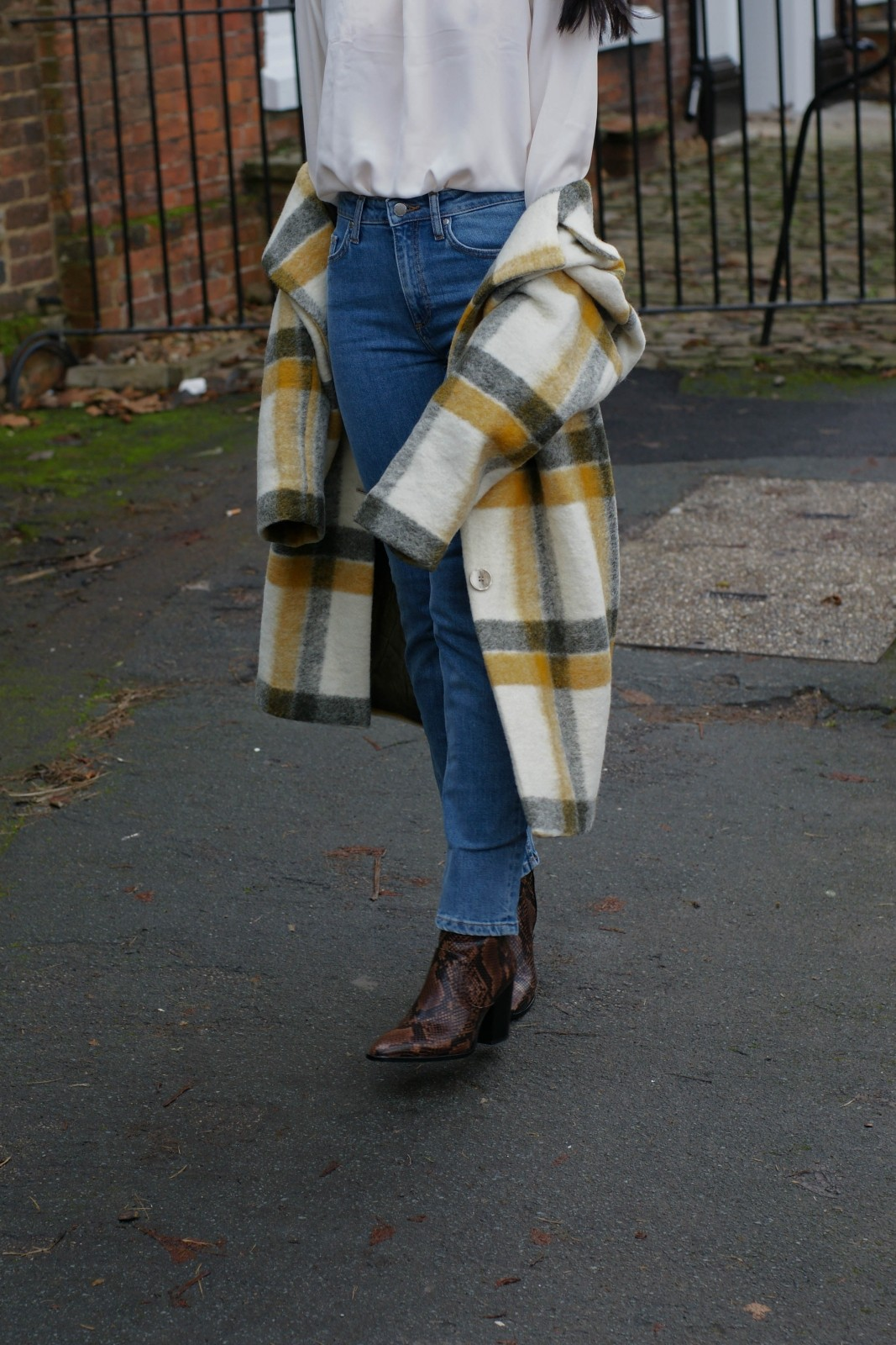3 Reasons To Get A Tartan Coat This Winter