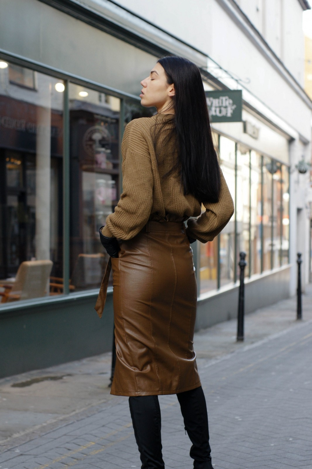 Ways To Style A Leather Pencil Skirt
