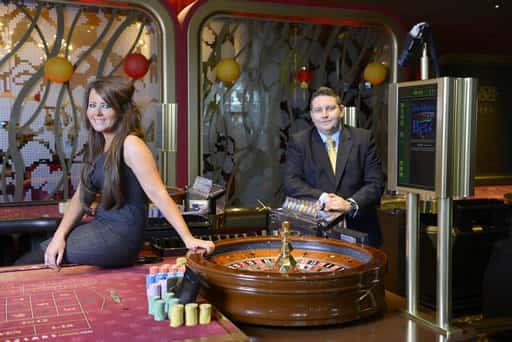 オンラインカジノはライブでも楽しめる